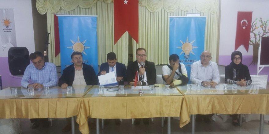 AK Parti Meram'da bayram sonrası ilk mahalleler toplantısı