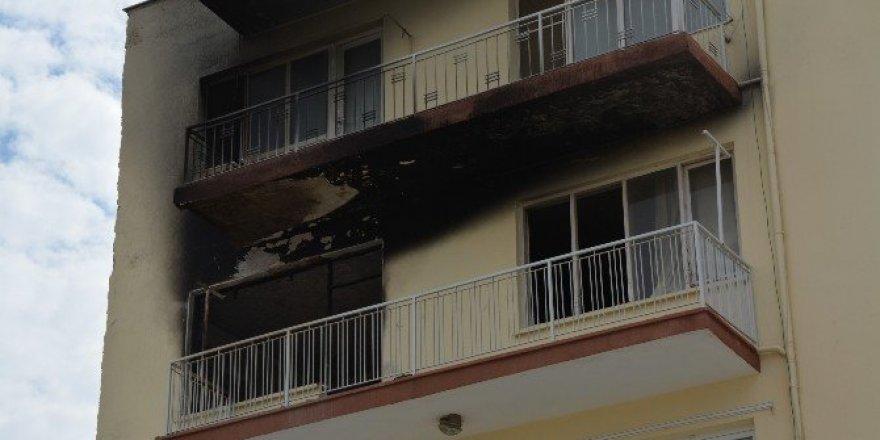 Yangında mahsur kalan öğretmen son anda kurtarıldı