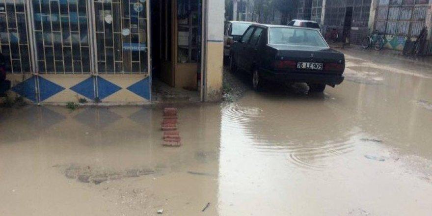 Yağmur Yenişehir'i esir aldı
