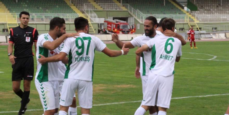 Konya Anadolu Selçukspor üst tura yükseldi