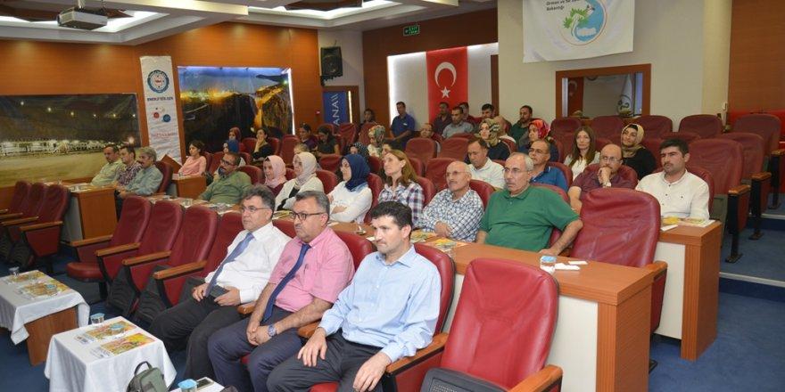 """''Öğrenci Motivasyonu"""" konulu seminer düzenlendi"""