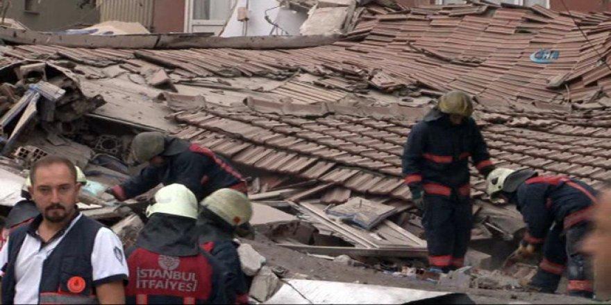 Bağcılar'da 5 katlı bina çöktü