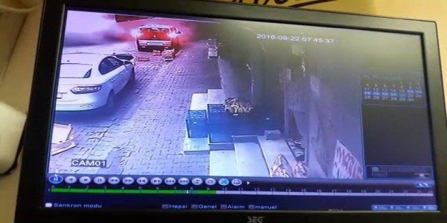 Bağcılar'da binanın çökme anı güvenlik kamerasında
