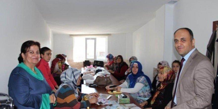 Beyşehir KOMEK'te 26 ayrı branşta mesleki eğitim verilecek