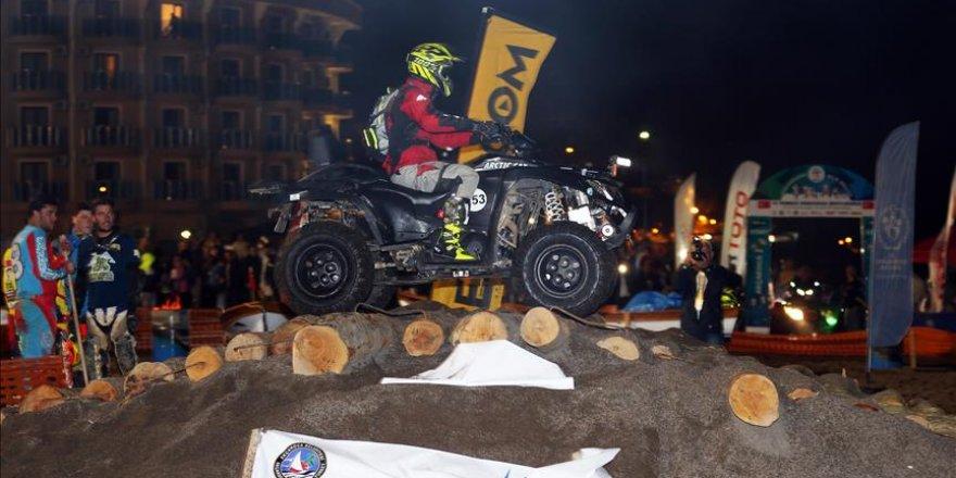Motor sporcuları Baja Rallisi'nin ilk etabını tamamladı