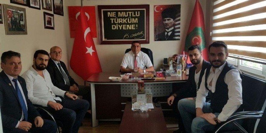 AK Partili gençler, gazileri unutmadı