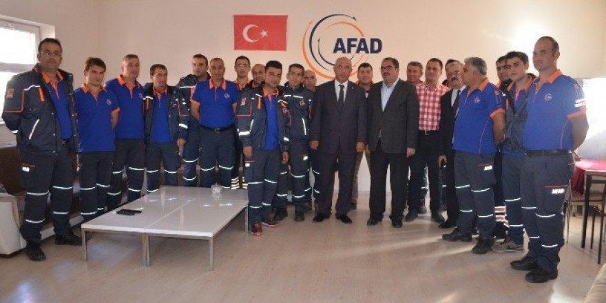 Milletvekili Ilıcalı, AFAD'ı ziyaret etti