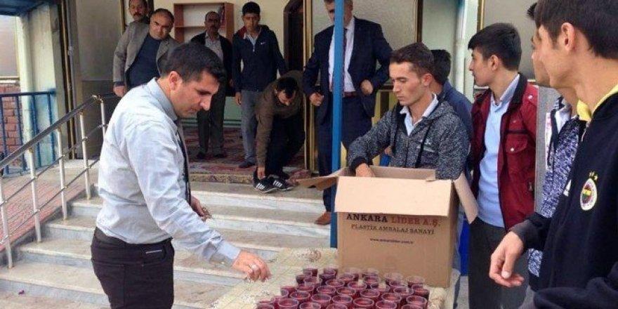 Sorgun'da öğrenciler 15 Temmuz Şehitleri için mevlit okuttu