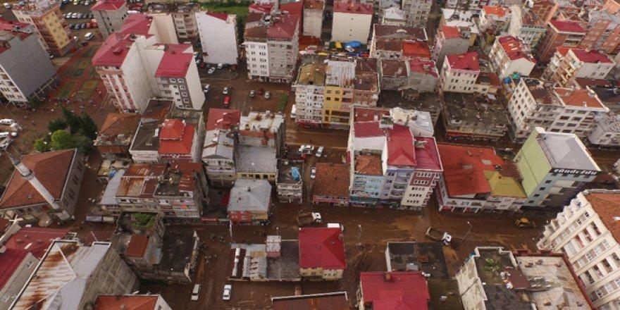 Beşikdüzü'nde 700 iş yeri selden zarar gördü