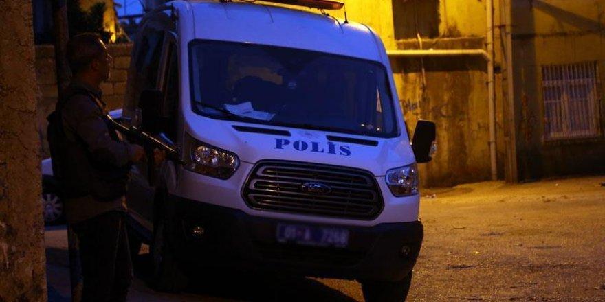 Adana'da terör operasyonu: 14 gözaltı