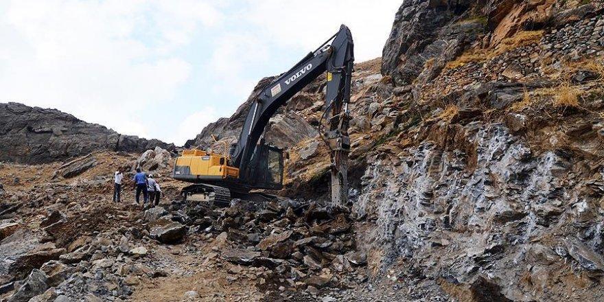 Mereto Dağı'na yol açılıyor