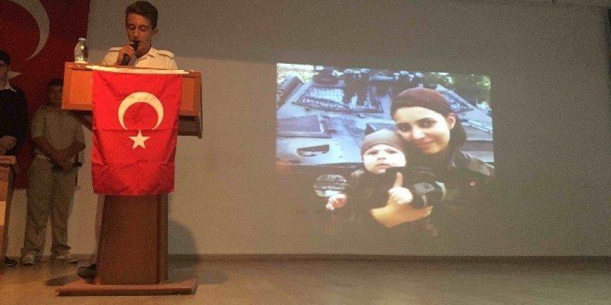 Köyceğiz'de Liseliler 15 Temmuz Şehitlerini andı