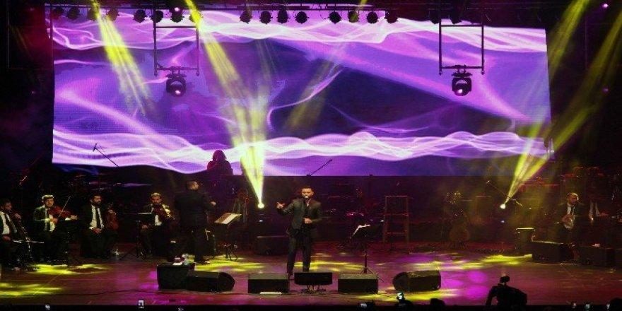 Alişan ve Ziynet Sali'den coşkulu konser