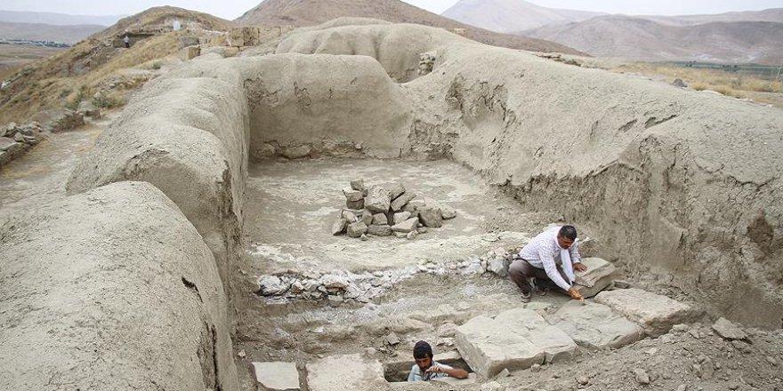 Urartular'a ait kanalizasyon sistemi gün yüzüne çıkarıldı