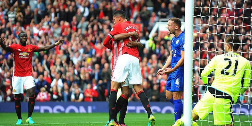 Manchester United, Leicester City'yi 4 golle geçti