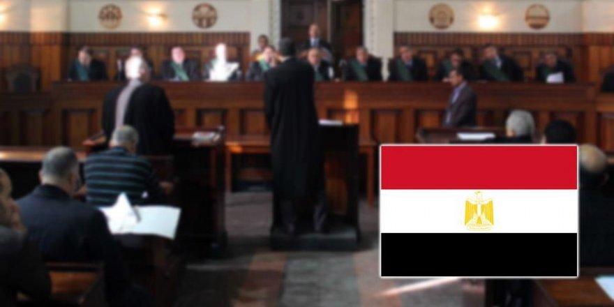 Mısır'da darbe karşıtı 7 kişi hakkında idam kararı