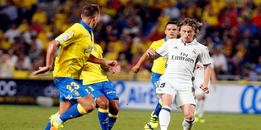 Real Madrid puan kaybetmeye devam etti