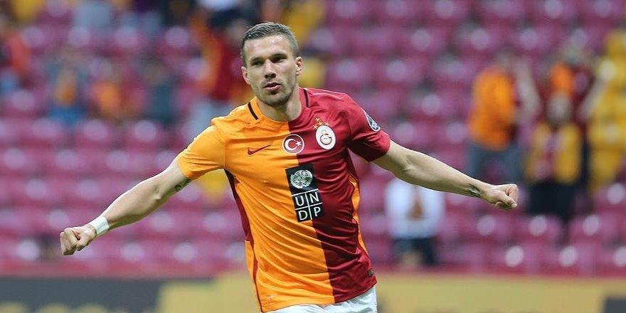 Galatasaraylı Podolski hedefini açıkladı