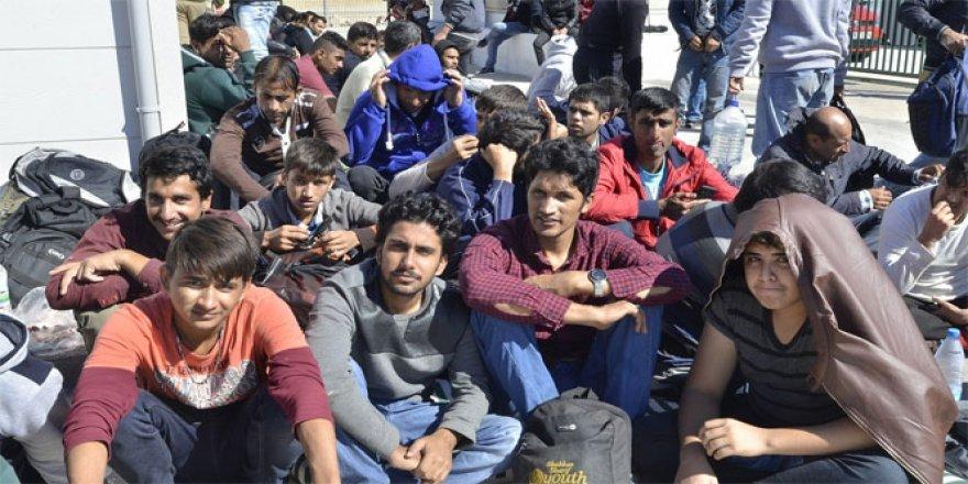 Tansu Çiller'in eski yatında 134 kaçak göçmen yakalandı