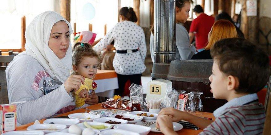 Suriyeli ve Türk çocuklara 'umut' oluyorlar