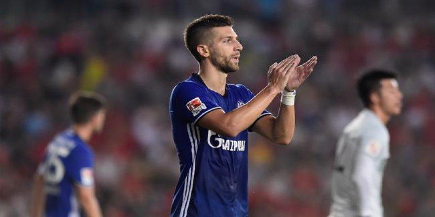 Schalke 04 puanı unuttu