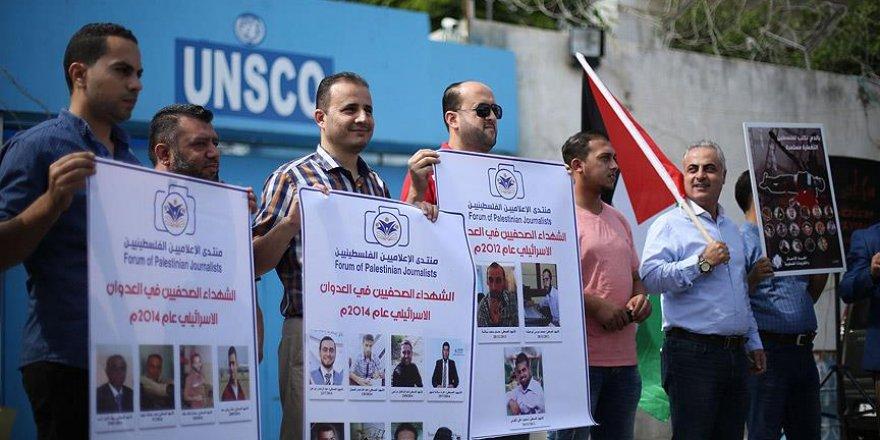 24 Filistinli gazeteciden açlık grevi