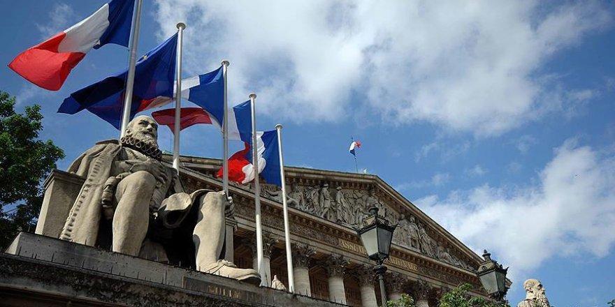 Fransa'dan yurt dışında hesabı olanlara yakın takip