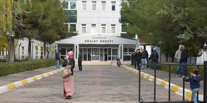 Diyarbakır'da FETÖ ve PKK operasyonu: 14 gözaltı