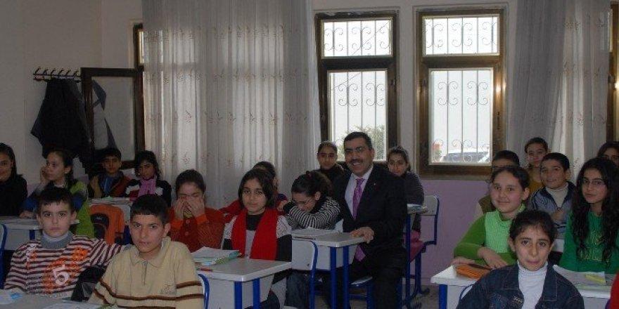 Kültür evlerinde ders takviye kursları başladı