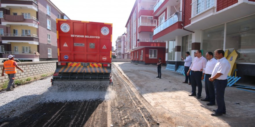 Beyşehir Belediyesinin asfalt çalışmaları devam ediyor
