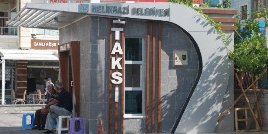 Melikgazi'de 4 ayrı semte 4 adet taksi durağı