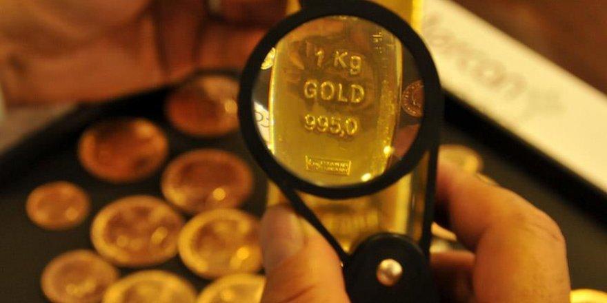 Altının onsu yaklaşık 10 ayın en düşüğünde