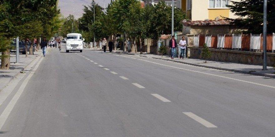 Tuzlukçu ilçesi prestij caddelerine kavuştu