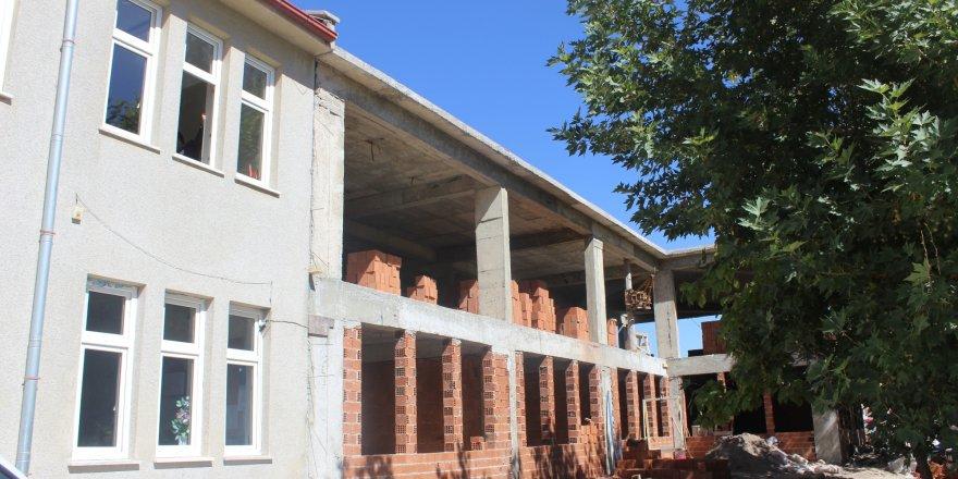 Bozkır Belediyesinin ek hizmet binası inşaatı