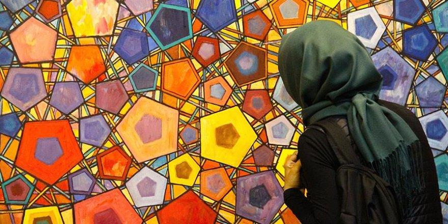'Hendesen' geometrik desenler sergisi açıldı