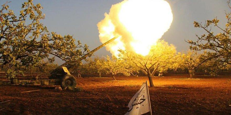 Suriyeli muhalifler Hama merkezine ilerliyor