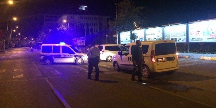 Şüpheli araçlar polisi alarma geçirdi