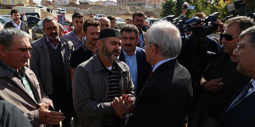 Kılıçdaroğlu'ndan şehit ailelerine ziyaret