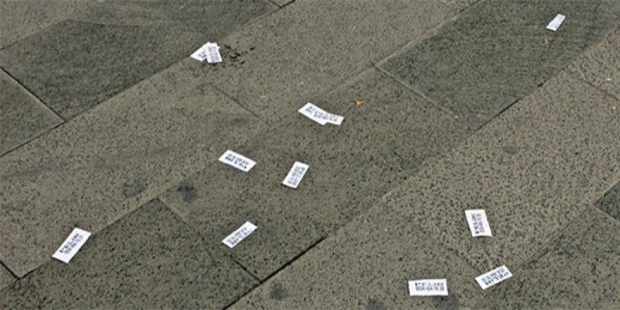 Fuhuş içerikli kartvizitleri dağıtanlara hapis cezası geliyor
