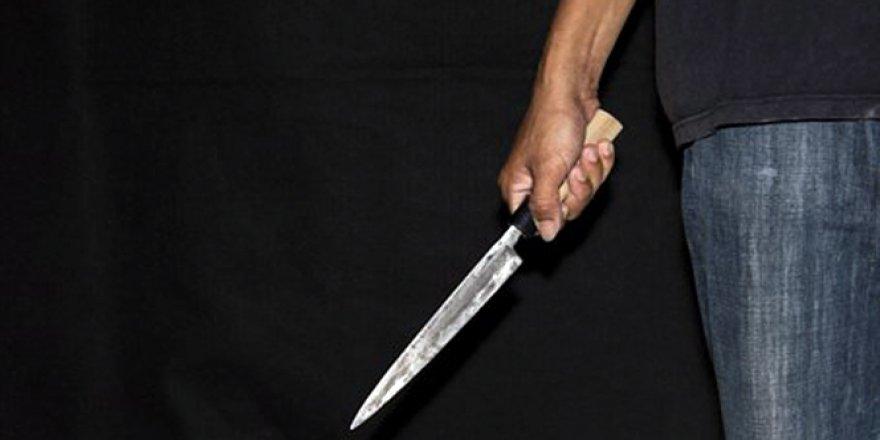 Kordonda bıçaklı kavga; 2 yaralı