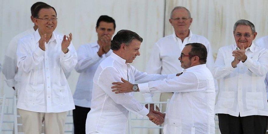 Kolombiya'da 52 yıllık şiddete son veren tarihi anlaşma