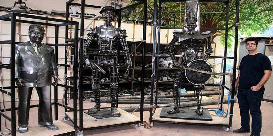 Hurdadan heykellerini il il dolaşıp sergiliyor