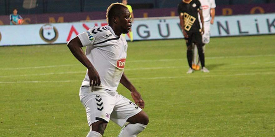 Atiker Konyaspor'da Sissoko ile yollar ayrıldı