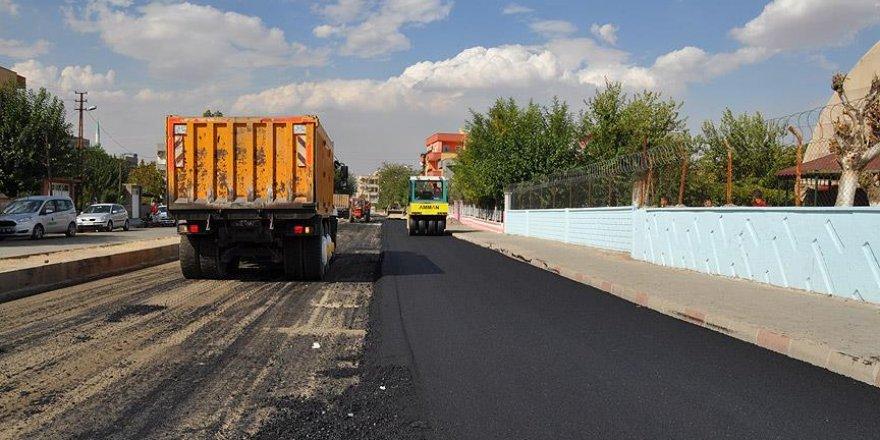 Batman'da asfalt, yol yapım ve kaldırım çalışmaları başlatıldı