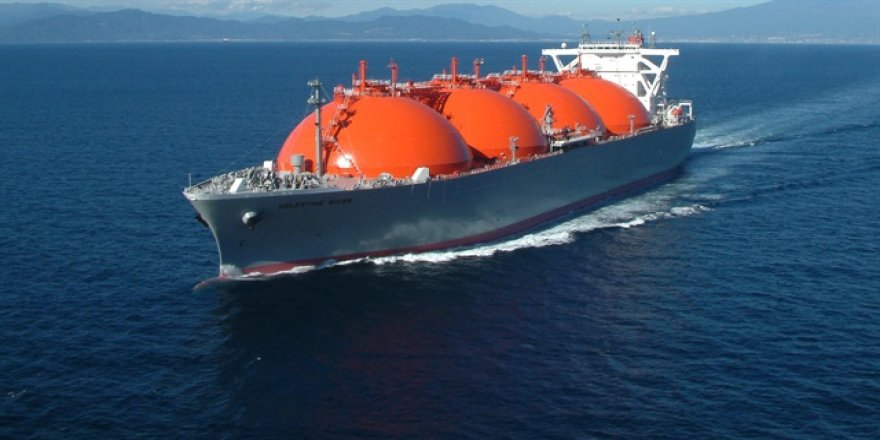 Yüzer LNG geliyor
