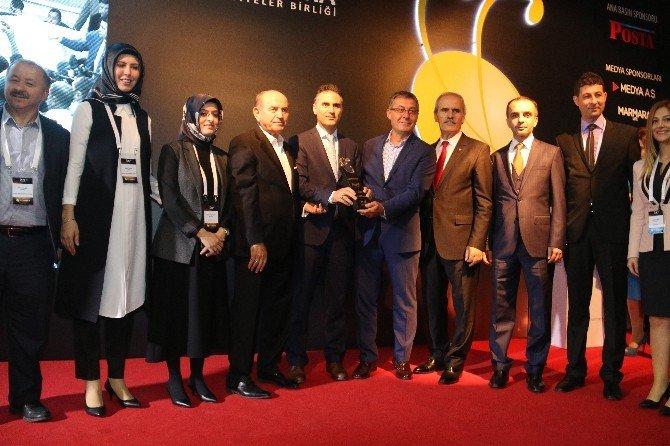 Kocaeli Büyükşehir Belediyesi'ne Altın Karınca Jüri Özel Ödülü