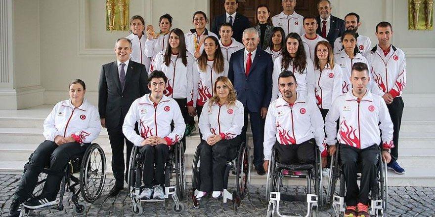 Başbakan Yıldırım Rio'da madalya alan sporcuları kabul etti