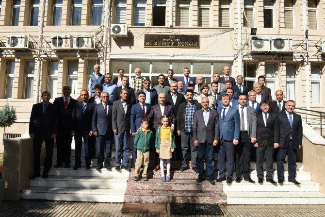 Vali Demirtaş, ilçe gezilerini Pozantı ile sürdürdü