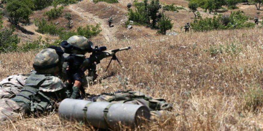 Kars'ta teröristler çembere alındı
