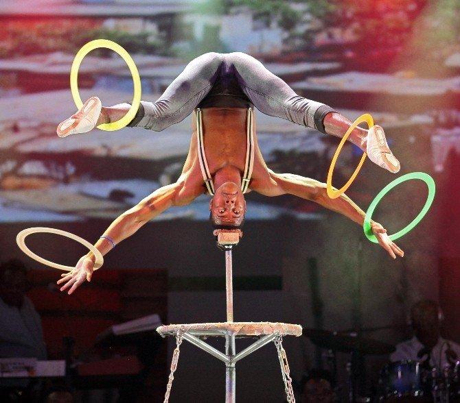 'Mother Africa' renkli şovlarıyla Expo 2016'da